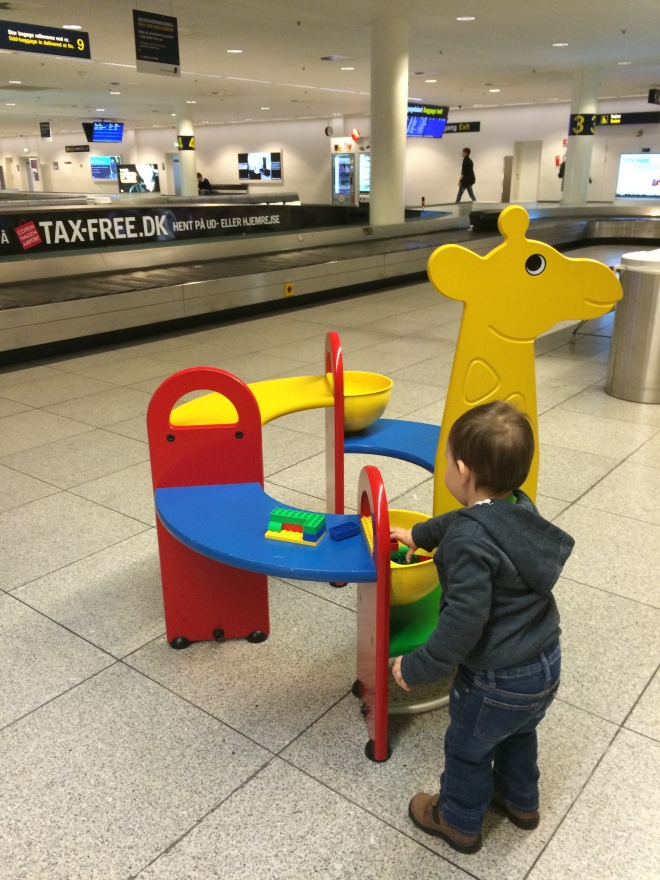 Legos en el aeropuerto de Copenhague