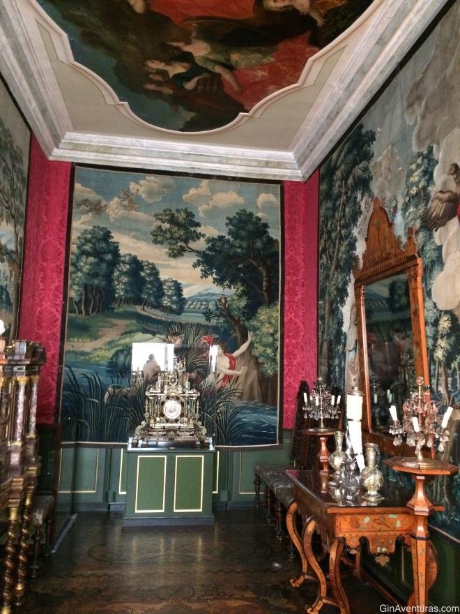 Los interiores del castillo