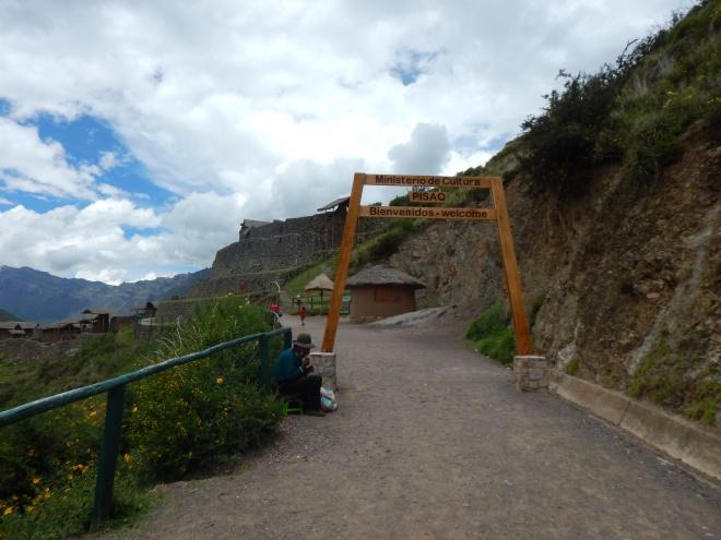 Entrada al sitio arqueológico de Pisaq