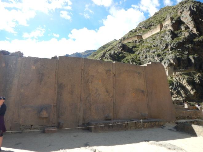Los monolitos en el Templo del Sol