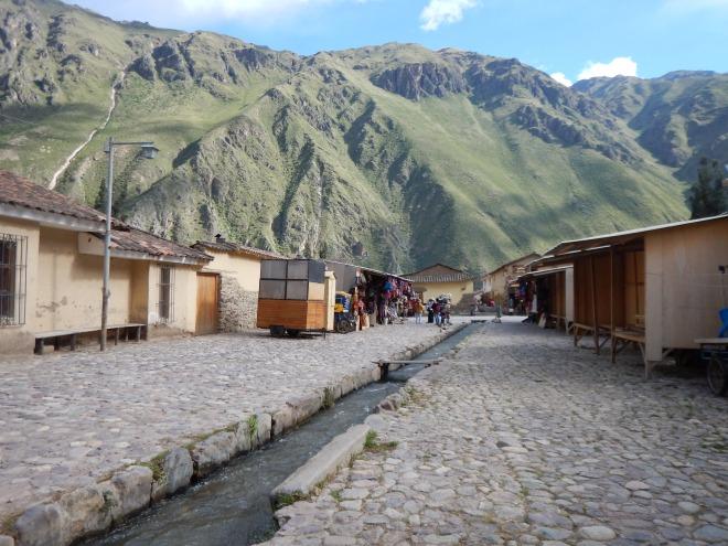 En Ollantaytambo pueblo