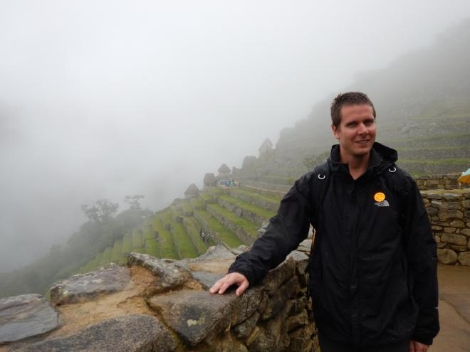 Así se veía Machu Picchu bajo la niebla