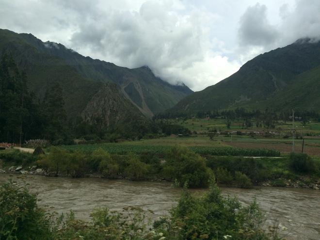Algunos paisajes desde el tren