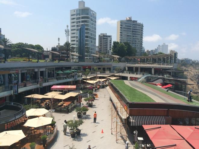 Plaza comercial Larcomar